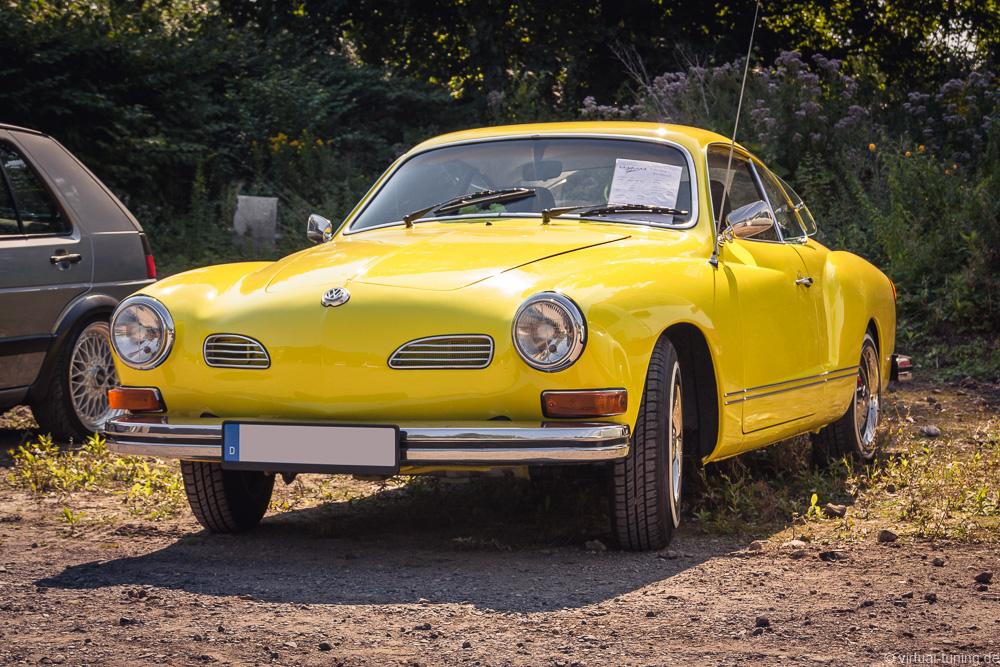 VW Karmann Ghia beim Oldtimer Treffen in Dortmund