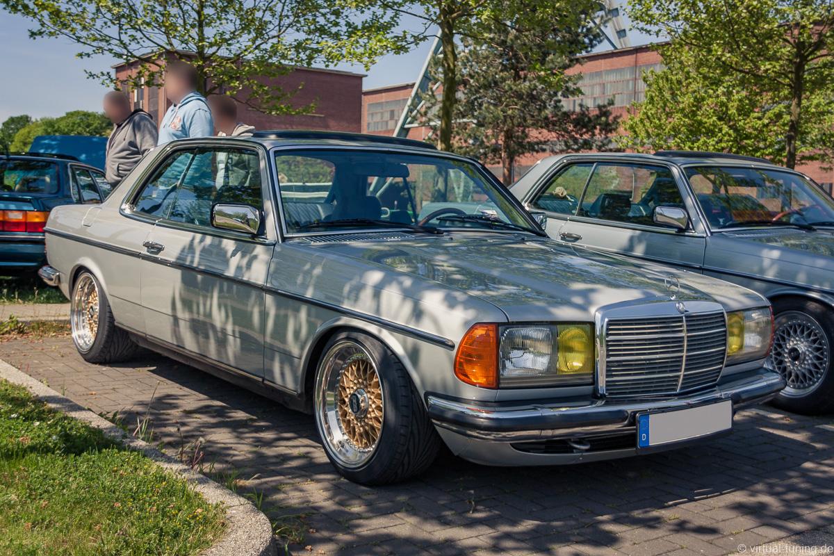 Mercedes 230 Coupe bei der Youngtimer Show in Herten