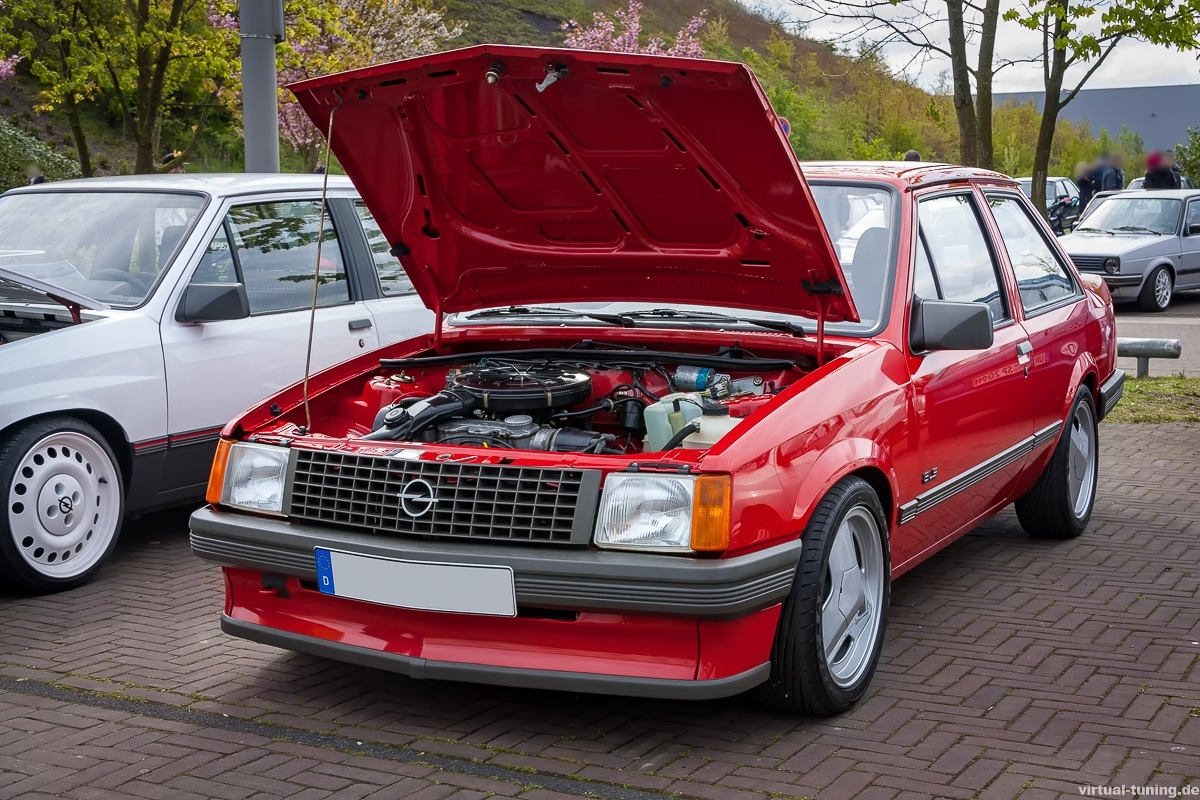 Opel Corsa TR beim Youngtimer Vestival 2016 (Saisonauftakt) in Herten