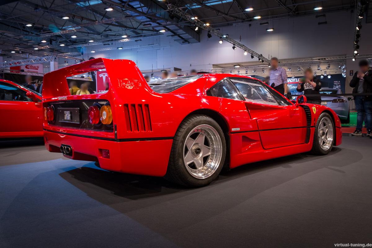 Ferrari F40 bei der Essen Motor Show 2016