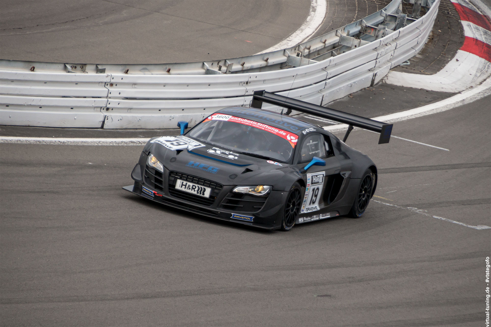 Audi R8 LMS GT3 - Test- und Einstellfahrten am Nürburgring (3.2016)