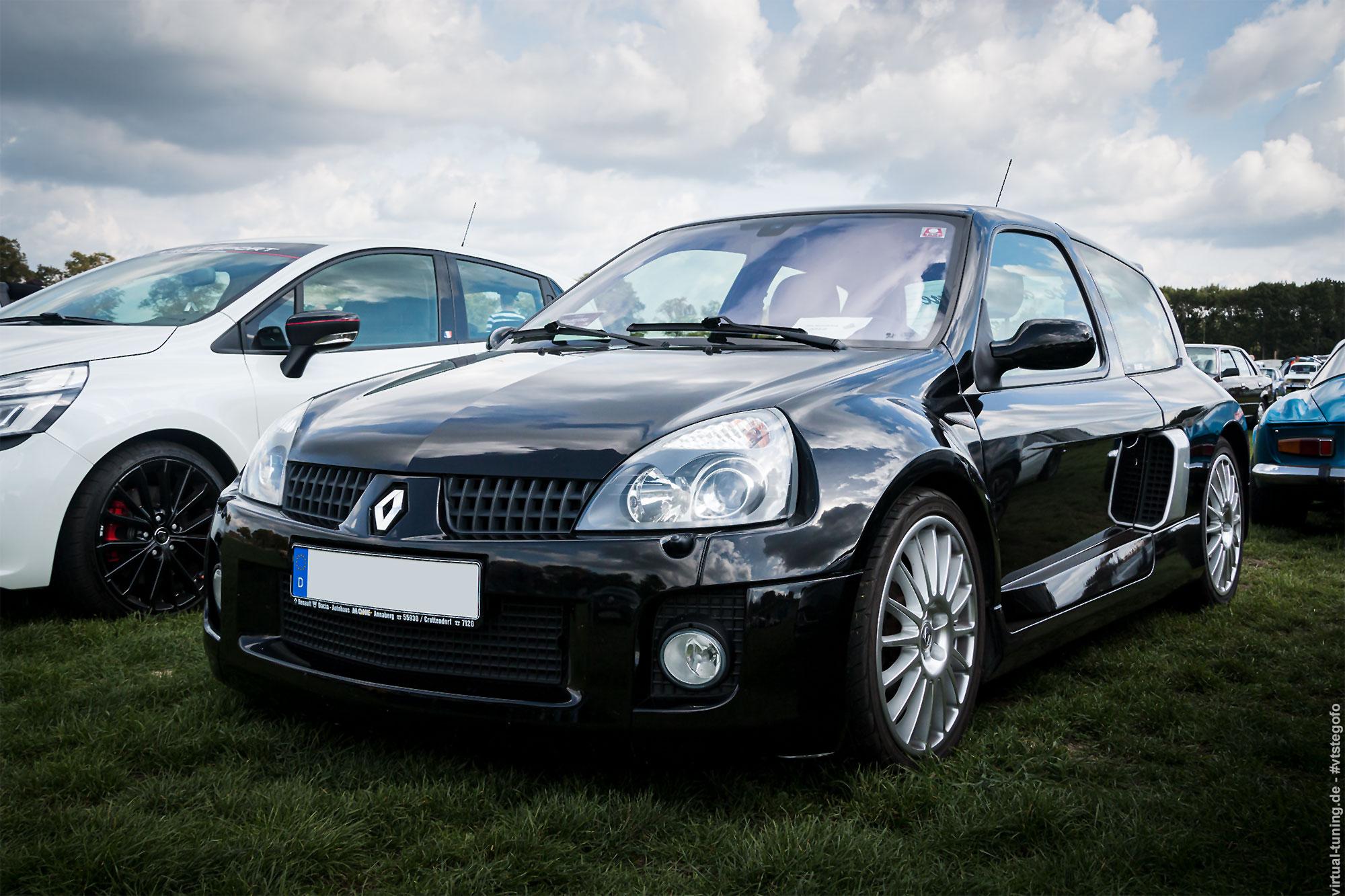 Renault Clio V6 - 4e Fête Renaultoloog